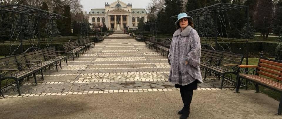 Dama de pe eşichierul politic ieşean. Iulia Scântei, o expertă a mutărilor strategice din PNL